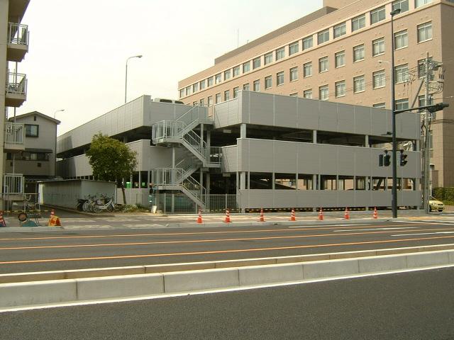 県病院駐車場